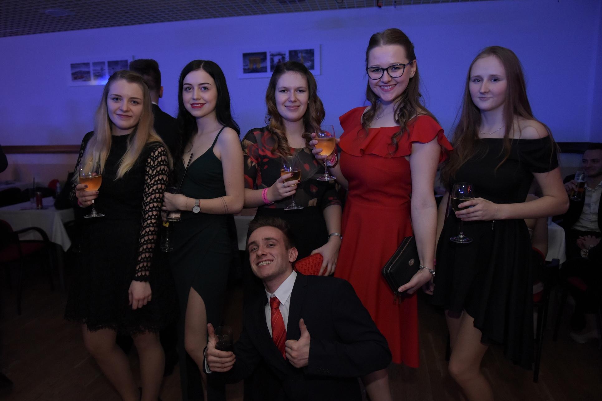 Studentský ples Univerzity Pardubice 2019
