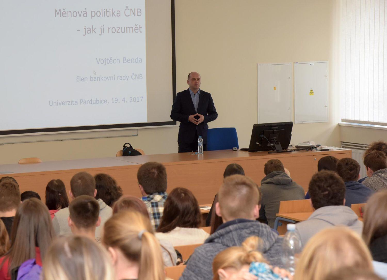 Měnová politika ČNB a jak jí rozumět - 19. 4. 2017